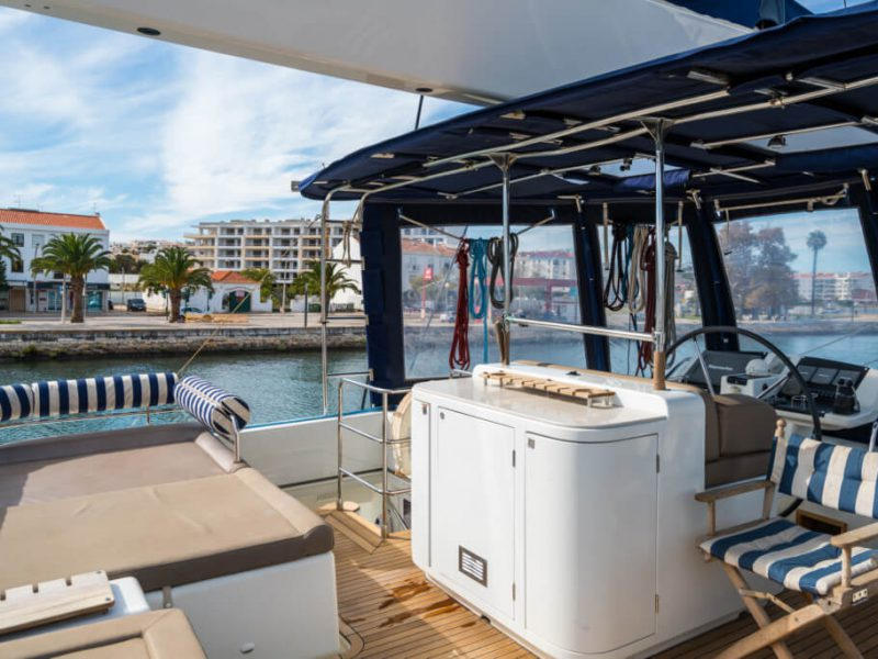 2990 - 1617983583-used-catamaran-for-sale-lagoon-560-multihull-network-uk-07
