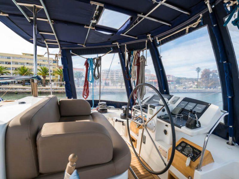 2990 - 1617983583-used-catamaran-for-sale-lagoon-560-multihull-network-uk-08