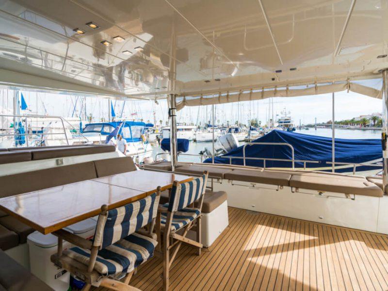 2990 - 1617983583-used-catamaran-for-sale-lagoon-560-multihull-network-uk-11