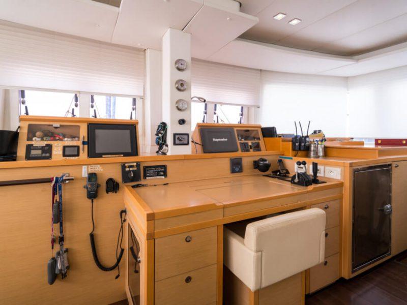 2990 - 1617983583-used-catamaran-for-sale-lagoon-560-multihull-network-uk-16