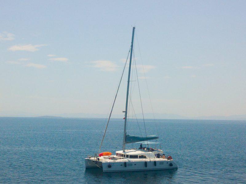 3127 - 1621340097-used-catamaran-for-sale-lagoon-500-multihull-network-fr-01