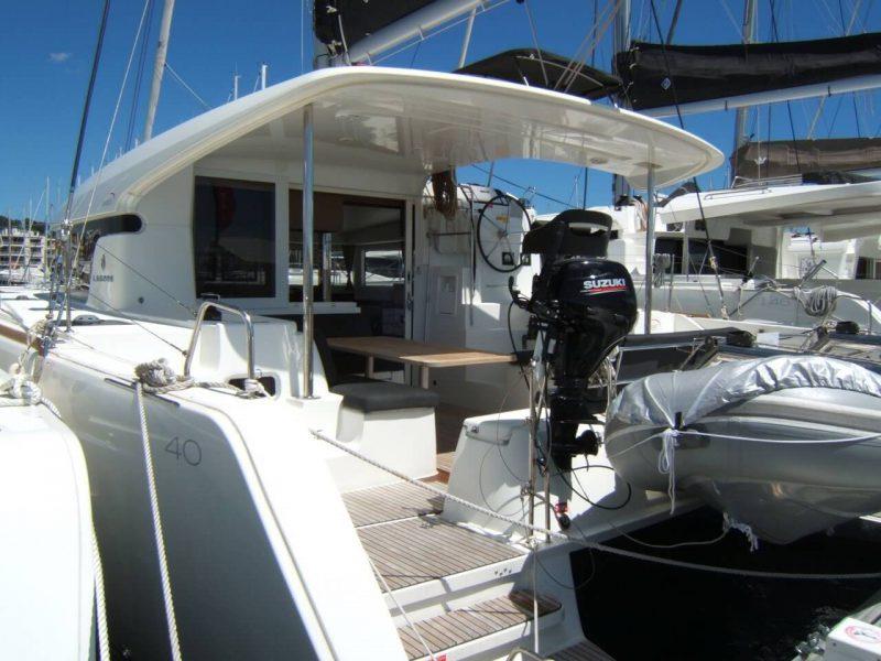 3205 - 1623070696-used-catamaran-for-sale-lagoon-40-multihull-network-fr-01