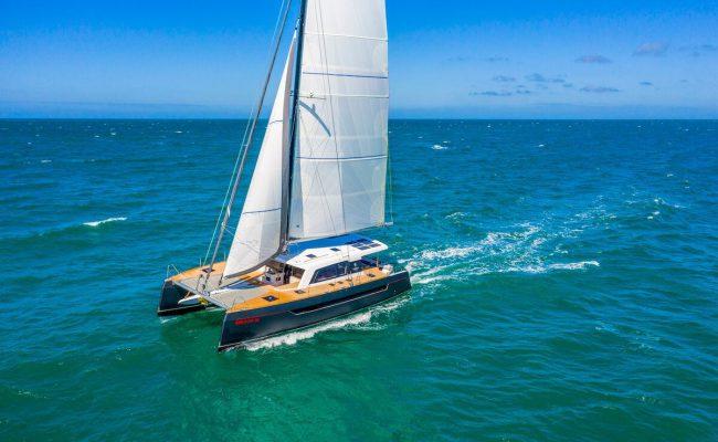 Aluminium-catamaran-Explocat-Rossinante-dealer-Garcia-02