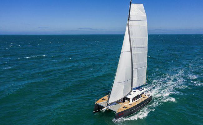 Aluminium-catamaran-Explocat-Rossinante-dealer-Garcia-13